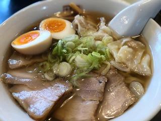 坂内のチャーシューワンタン麺.jpg